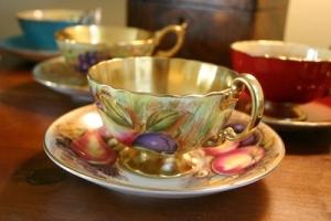 tea cups 12x18